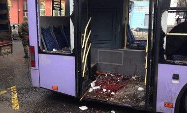 Троллейбус в Донецке обстреляли террористы - Минобороны