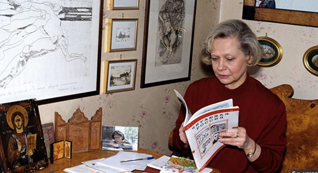 В Москве под колесами электрички погибла внучка Хрущева — СМИ