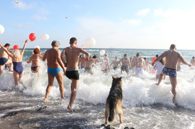 В Одессе сорвалась регистрация рекорда по количеству купающихся на Крещение