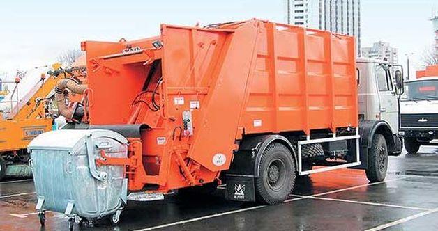 Патрульные за сутки поймали на трассе Киев-Чоп пять грузовиков со львовским мусором