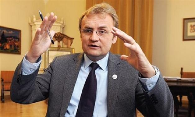 Садовый заявил, что 10 городов Польши готовы принимать львовский мусор