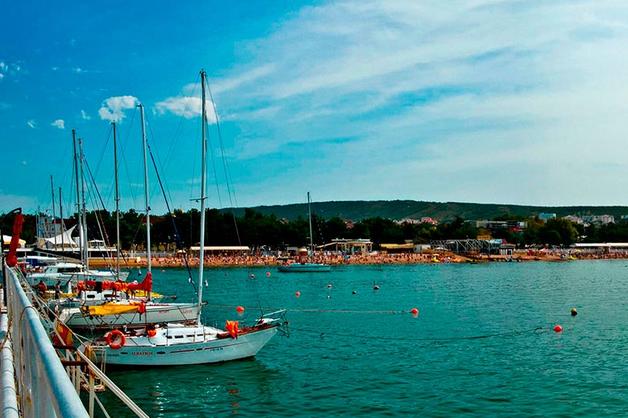 Главы Минпромторга и «Ростеха» в складчину строят себе порт на Черном море