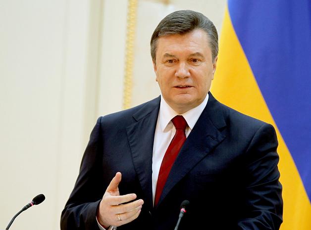 Интерпол может объявить Януковича в международный розыск