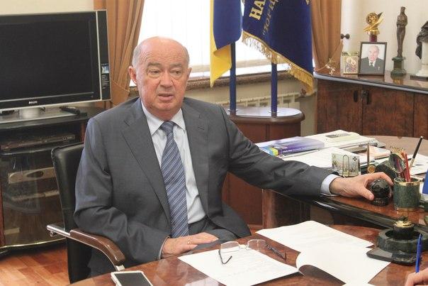 Колишній член ЦК КПРС Тацій в обхід люстрації знову рветься в ректори