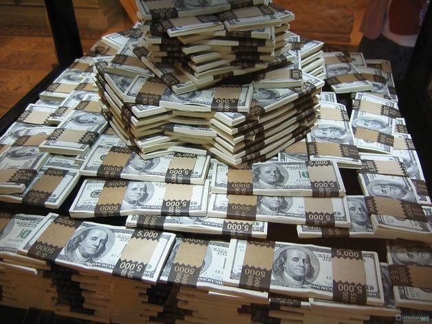 Деньги на Донбасс: 1,5 миллиарда на семинары, миллионы на велодорожки – пилите, «шуры», пилите…