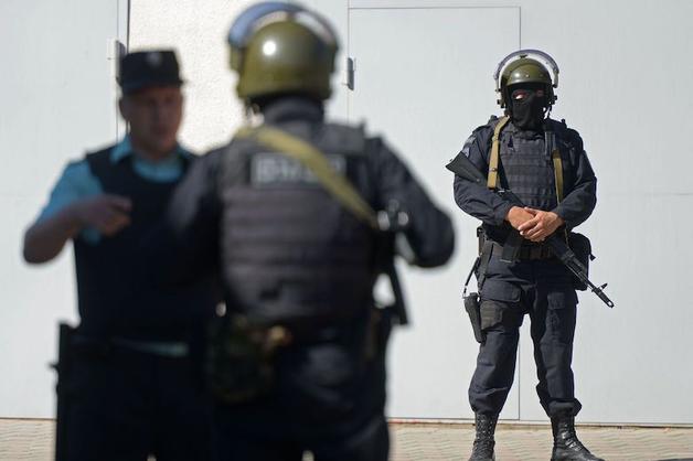 В бизнес-центре «Унисто Петросталь» в Санкт-Петербурге проводят обыск