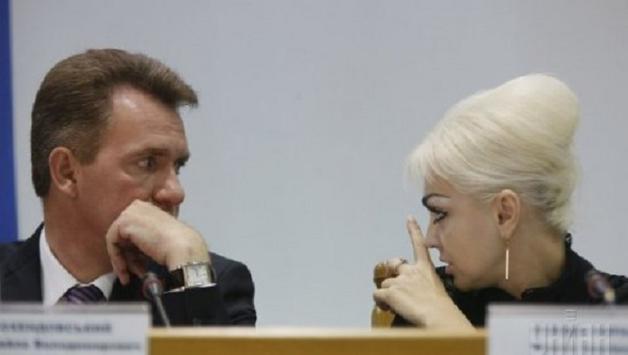 Главный регионал Мариуполя сделал Усенко-Черной из ЦИК подарок на полмиллиона гривен