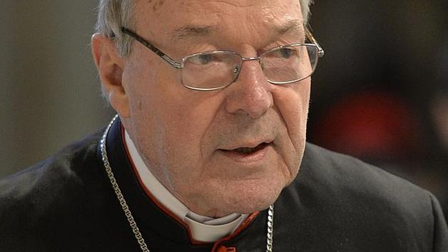 Казначея Ватикана обвиняют в педофилии