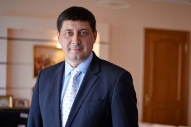 Глава администрации Одесского порта с женой купили две машины за 4,4 миллиона гривен