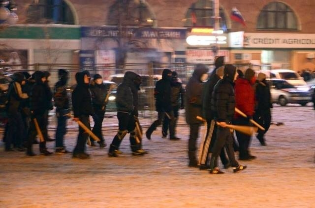 Лежат в реанимации: в Харькове избили и подстрелили людей Добкина и Кернес