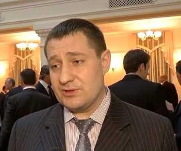 Заместитель главы ДСНС Аверьянов незаконно занимается бизнесом и сдает российскому банку стратегическое предприятие