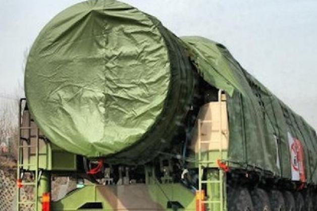 Китай разместил межконтинентальные ракеты около границы с Россией