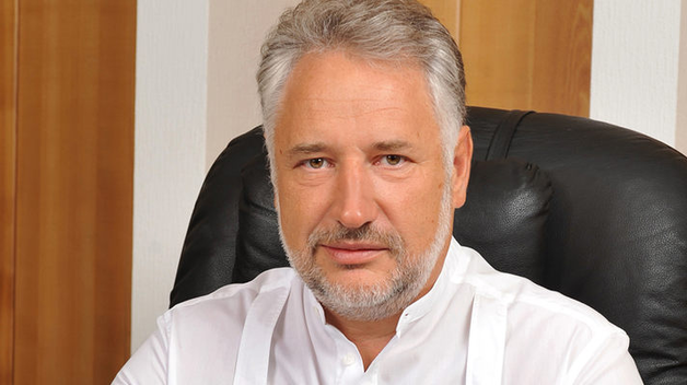 """Глава ДВГА Жебривский отразил в декларации почти миллион гривен как матпомощь от """"Фармак"""""""