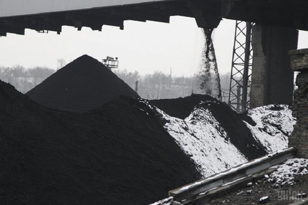Торгівля вугіллям на Донбасі: скільки заробляють контрабандисти