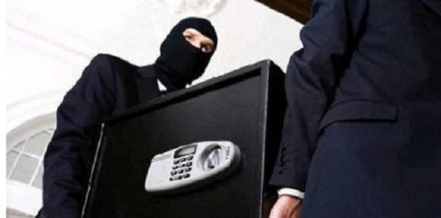 В Украине массово грабят VIP-дома