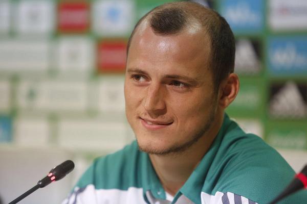Футболиста сборной Украины затравили в Испании
