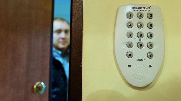 """Украинцам, которые живут не по прописке, грозят штрафы: кого и за что могут """"наказать"""""""