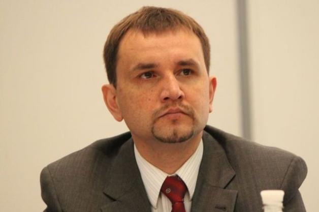 """Закон готов: Вятрович анонсировал """"декоммунизацию"""" 9 Мая и 8 Марта"""