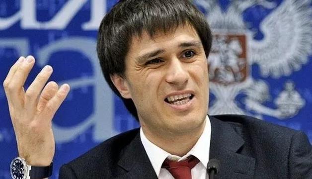 Вице-губернатор Гаттаров воз 1000 омнил себя Путиным. Очередной скандал
