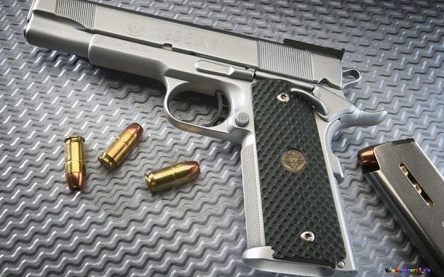Массовые убийства VS самозащита. Надо ли легализовать оружие в Украине?