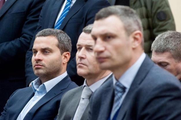 Кресло Ильи Сагайдака на Крещатике, 36 может занять Александр Густелев