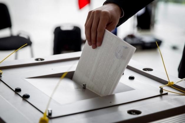 В России прошли выборы губернаторов 16 регионов. Везде лидируют кандидаты от «Единой России»