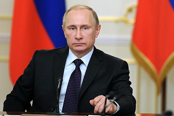 """Путин """"открестился"""" от """"Единой России""""?"""