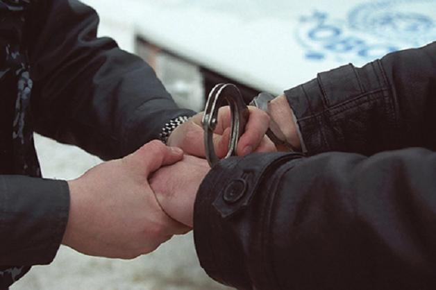 Под Киевом из здания полиции выбросился мужчина