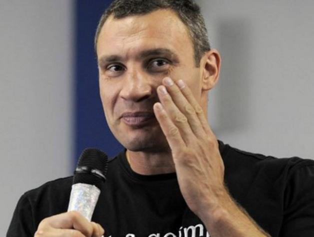 Команда мэра Киева признала, что Кличко не способен самостоятельно отвечать на вопросы