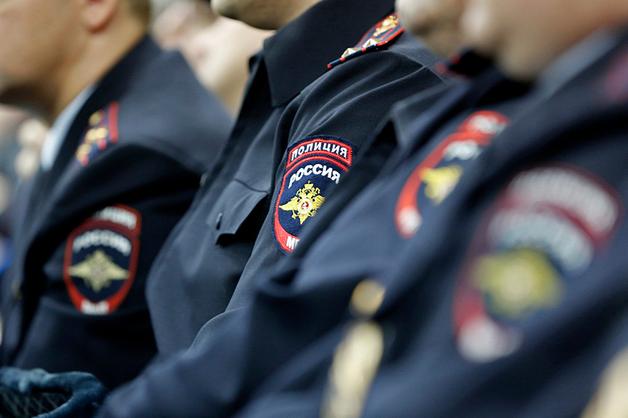 В псковской деревне застрелили двоих полицейских