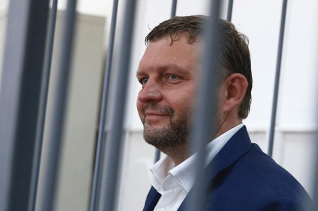 Никита Белых, находящийся в СИЗО, женился на свидетеле по делу
