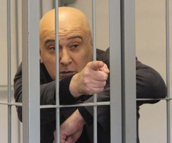 Экс-сенатор Алиханов за решеткой, как и его предшественник Нелидов