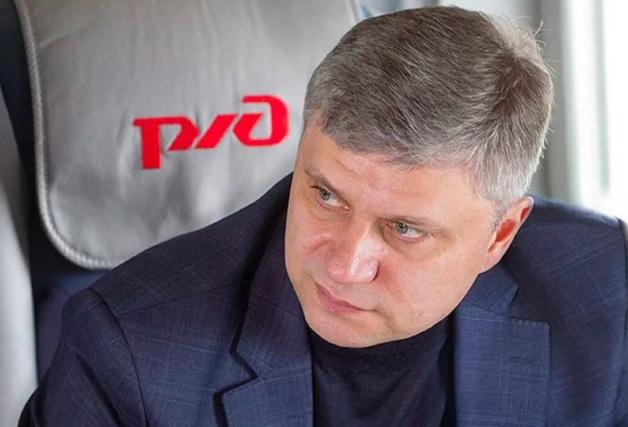 Олег Белозеров зарабатывает 30 тысяч рублей в час (даже когда спит) на приватизации РЖД?