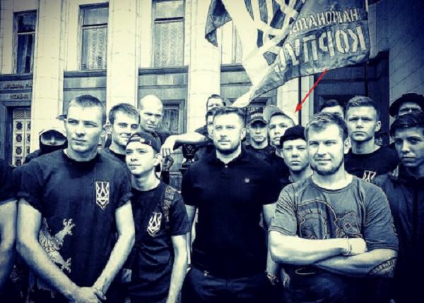Сын нардепа-радикала Попова оказался поклонником Гитлера