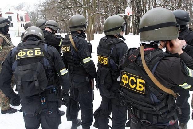 После обыска в «режимном» отделе УМВД Петербурга ФСБ задержала замначальника угрозыска