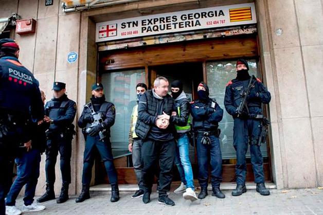 ОПГ «вора в законе» Кахи Руставского отправляла краденые в Испании ценности в Грузию посылками
