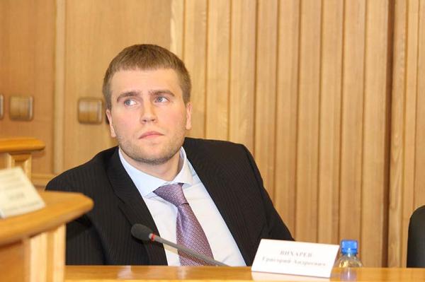 Сын беглого авторитета Андрея Вихарева не платит налоги и завоёвывает гордуму Екатеринбурга