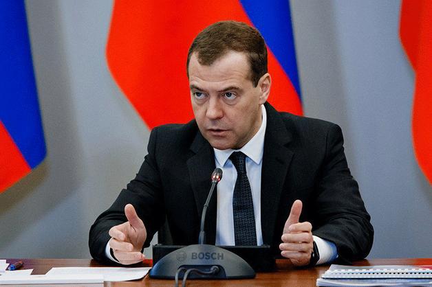 Медведев отчитал чиновников за «бодрые рапорты» об успешном пуске с Восточного