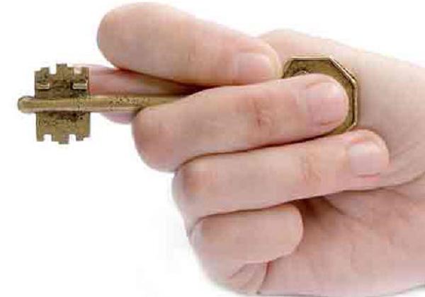 В Киеве разоблачили схему аферистов, продающих чужие квартиры