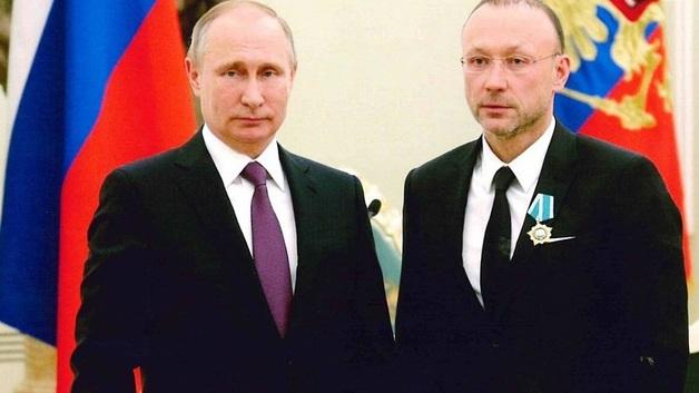 Уральские и Кавказские горки олигарха Алтушкина, или Почему банкиры машут ручкой владельцу «РМК»