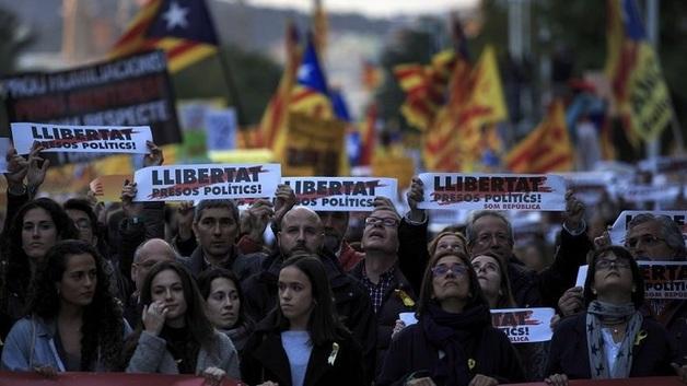 Выборы в Испании. Каталония готовится к серьезной борьбе за независимость