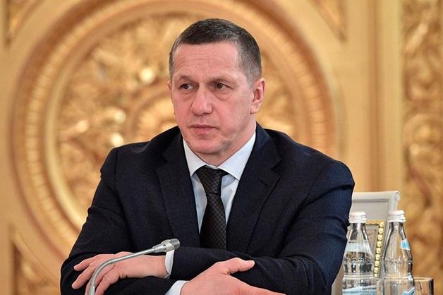 Трутнев сообщил об увольнении двух замглавы Росавиации из-за их некомпетентности