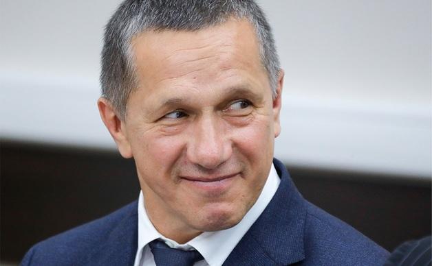 Трутнев сообщил об увольнениях после пропажи 64 млрд руб. для аэропортов