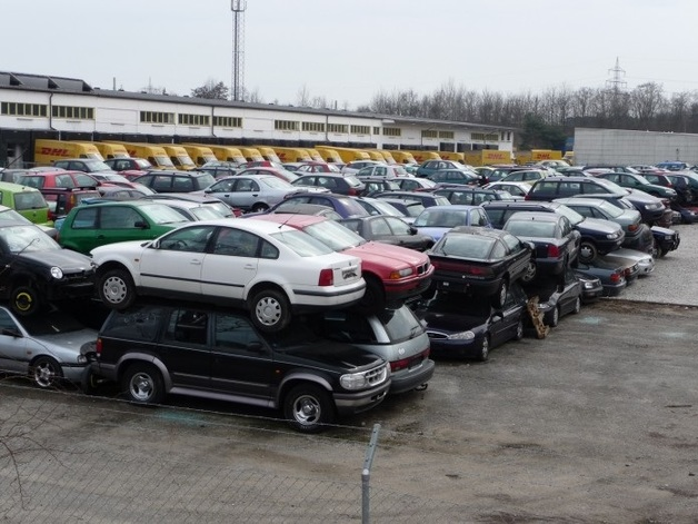 Какие автомобили можно найти на автокладбищах Германии