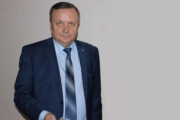 За фальшивый диплом экс-мэру Красноуральска грозит до 2 лет лишения свободы