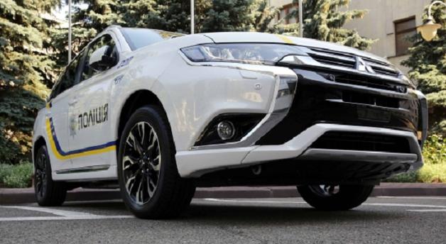 Бизнесмен вычислил, сколько переплачивает Аваков за гибридные авто для полиции