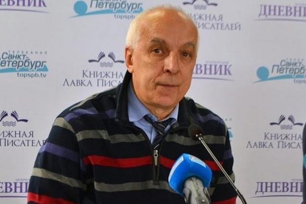 Впавший в кому после ДТП советник губернатора Петербурга скончался