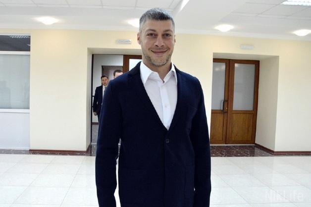 Нардеп Артем Ильюк выменял квартиру за 1,4 миллиона у жены адвоката фигуранта дела «Мультика»