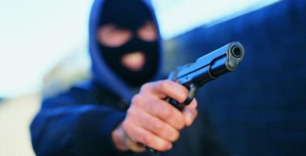 В Одессе банда в балаклавах ограбила АЗС