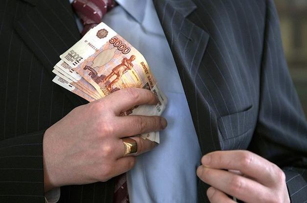 Учредителя антикоррупционной организации осудили за взятку начальнику отделения полиции
